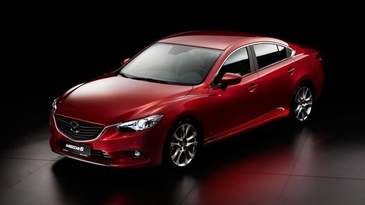 Новая Mazda6 будет стоить от 925 000 рублей