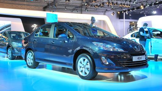 Peugeot привез на Московское автошоу новые 408 и 208