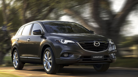Обновленный Mazda CX-9 появится в России в декабре