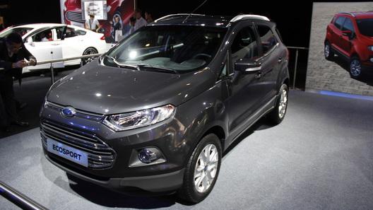 Ford представил в Париже компактный кроссовер EcoSport