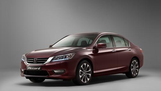 Новое поколение Honda Accord показали в Москве