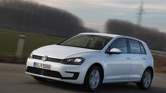 В Женеве представят электрический VW Golf