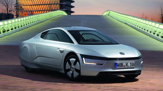 VW запускает в серию модель XL1 с расходом топлива в 0,9 л на 100 км