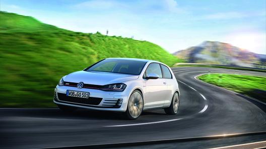 VW озвучил мощность мотора нового Golf GTI