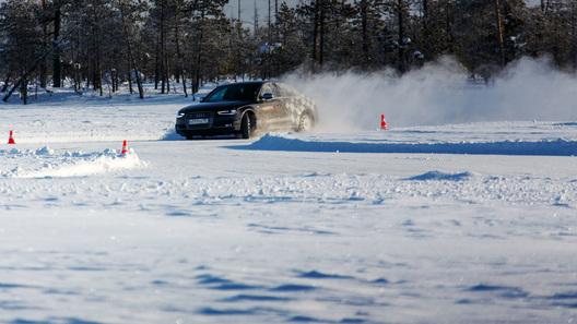 Вместе с Audi ищем секреты скорости на льду югорских озер