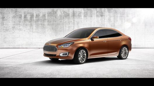 Новый Ford Escort покажут в Пекине
