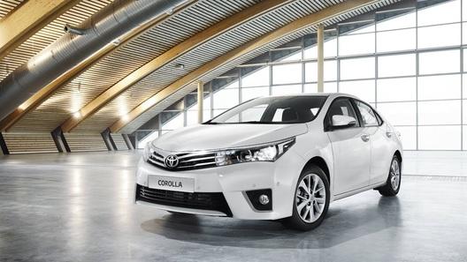 Toyota Corolla нового поколения появится в России в августе