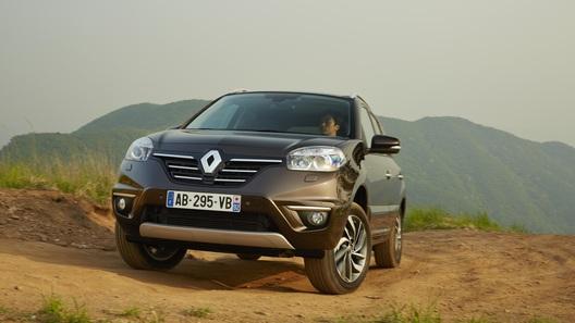 В России начались продажи Renault Koleos в новой комплектации