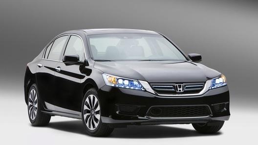 Honda запустила сборку гибридной версии нового Accord