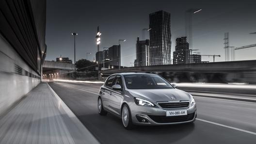 Европейским автомобилем года стал Peugeot 308