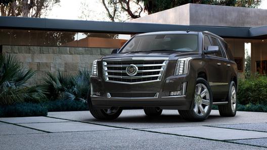 Новый Cadillac Escalade стал внедорожным лимузином