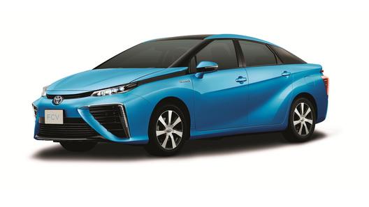 Toyota показала первый глобальный седан на водородном топливе