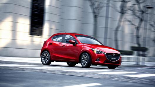 Автомобилем года в Японии стала новая Mazda2