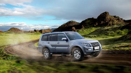 Новый Mitsubishi Pajero подорожал на 50 тысяч рублей