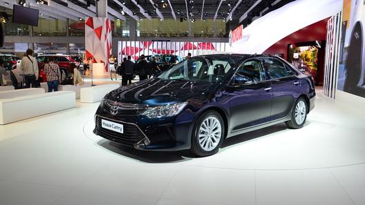 Toyota надеется расширить аудиторию новой Camry