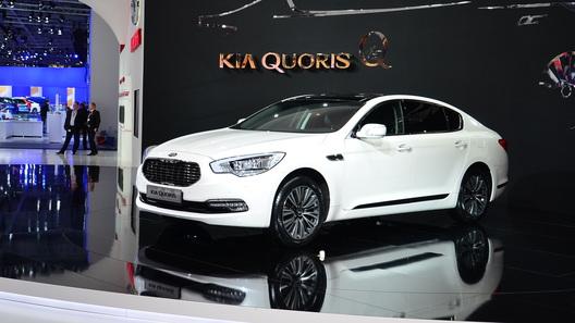 Kia начала продажи обновленного Quoris в день премьеры