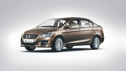 Suzuki рассекретила компактный седан Ciaz