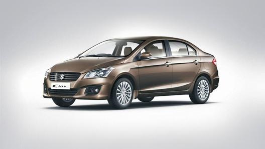 Suzuki рассекретила компактный седан Ciaz