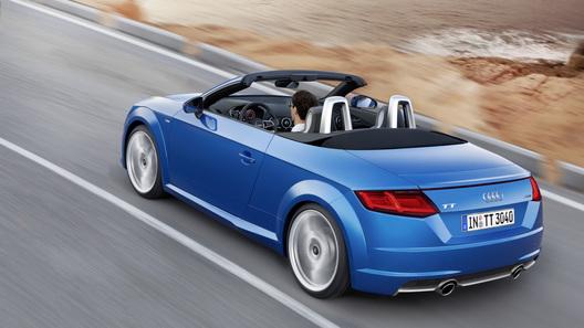 Audi объявила российские цены на TT Roadster