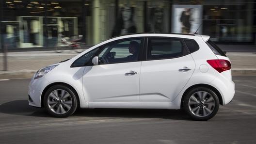 Kia начала продажи обновленной и подешевевшей модели Venga