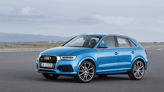 Audi обновила кроссовер Q3 и его