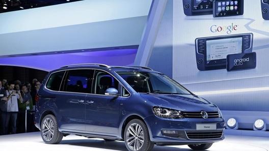 Новшества минивэна Sharan концерн VW спрятал под кузовом