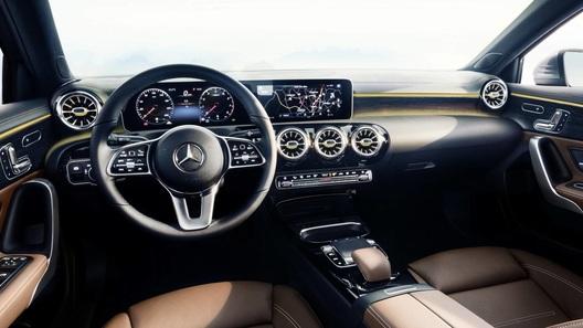 Мечта маршрутчика: каким получился салон нового Mercedes Sprinter