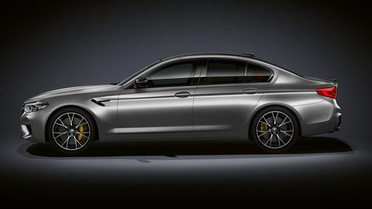 Официально представлена самая свирепая BMW M5 в истории