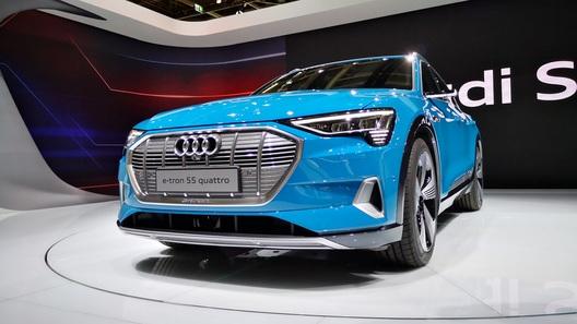 Audi разрабатывает новые логотипы для своих авто