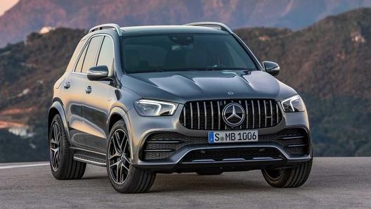 Mercedes-Benz GLE получил первую