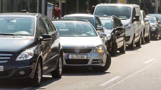 Вспомогательная электроника все больше подчиняет себе водителей
