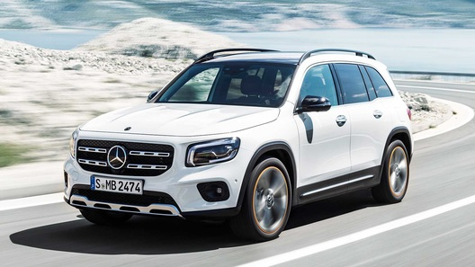 Когда Mercedes-Benz GLB приедет в Россию? Производитель назвал сроки