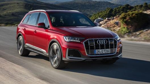 Audi представила обновленный Q7 (и кое-что привезла в Россию)