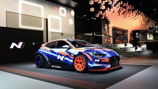 Hyundai превратила Veloster в эксцентричный спорткар