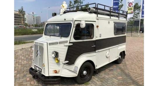 Один из самых харизматичных фургонов на земле превратили в кемпер