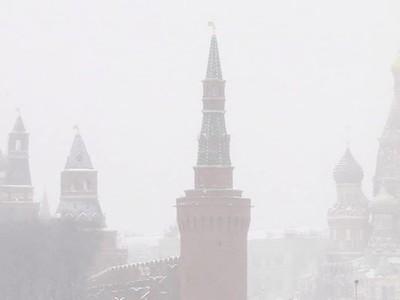 Москвичей предупредили о метели и гололеде