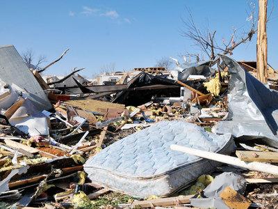 В США жертвами торнадо и штормов стали уже 18 человек