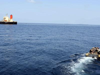 В Дарданеллах столкнулись танкеры