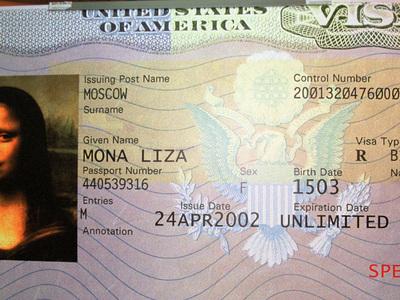США возобновляют визовые собеседования в российских консульствах
