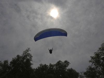 Смертельный полет: в Подмосковье погиб парапланерист