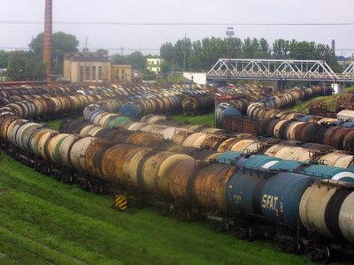 На железной дороге в Эстонии произошла утечка химикатов