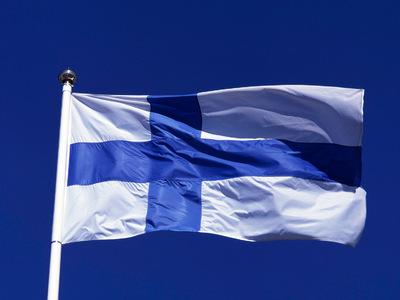 Финляндии подарят самый большой национальный флаг в мире