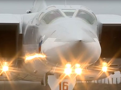 Российские бомбардировщики облетели Баренцево и Норвежское моря