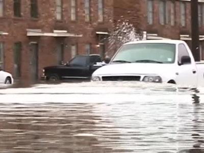 Калифорния оказалась во власти сильного наводнения