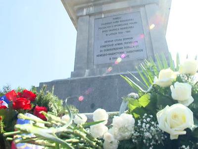 В Польше открыли восстановленное советское кладбище