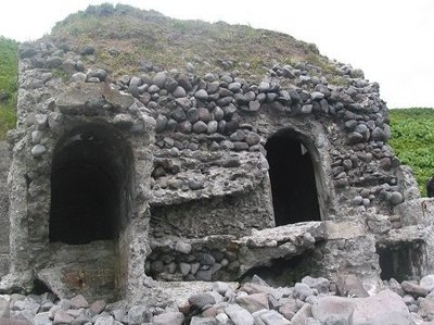 Экспедиция Минобороны восстановила памятник советским воинам на острове Матуа