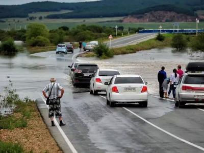 Приморцы, потерявшие дома в результате наводнения, начали получать компенсации