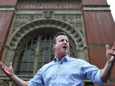 Английский юмор: Кэмерон стреляет птиц, представляя Бориса Джонсона