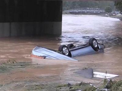 Наводнение в США: жертв уже 26