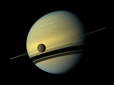 "Вопреки всем законам: на Титане обнаружено ""невозможное"" облако"